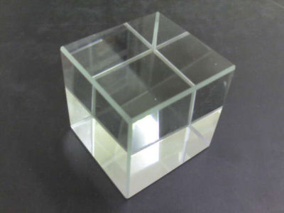 Cube Glass White 31x31x31mm